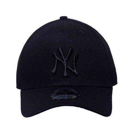bone-new-era-new-york-yankees-blackout-1