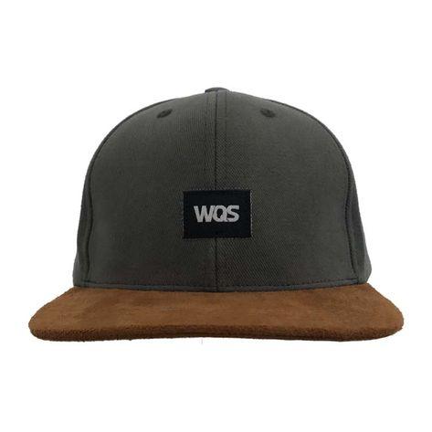 bone-wqsurf-logo-cinza