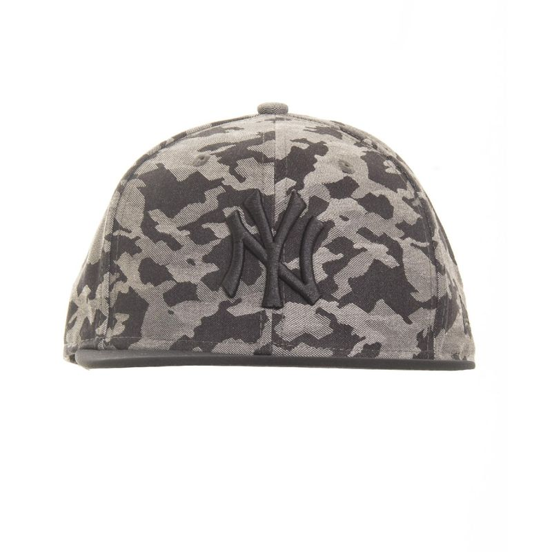 bone-new-era-9fifty-snapback-new-york-yankees-camo-grau-frontal