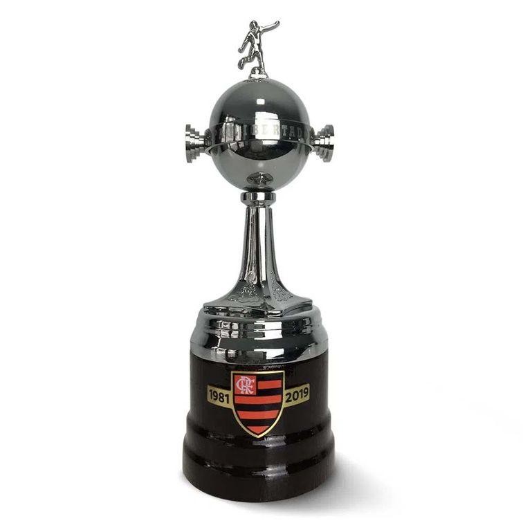 mini-taca-flamengo-libertadores-15cm-104822-1